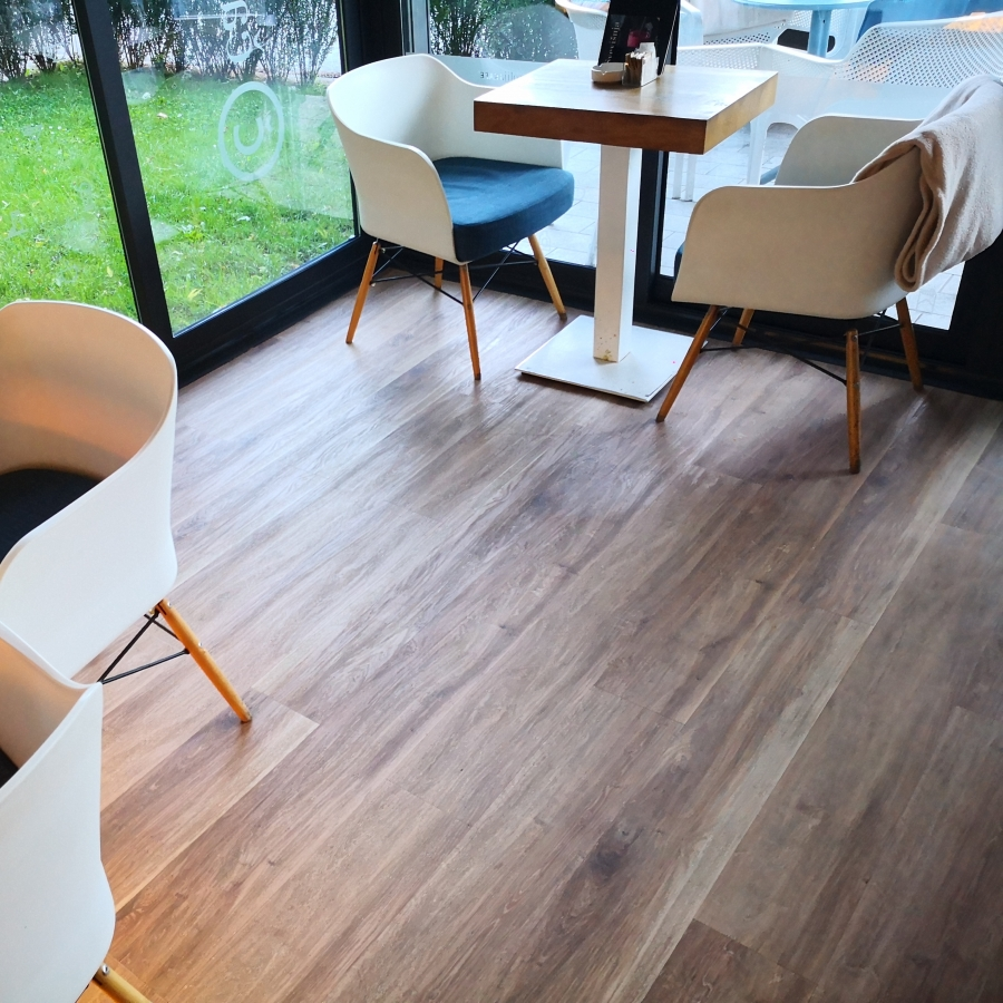Elemental by Aspecta Country Oak Natural