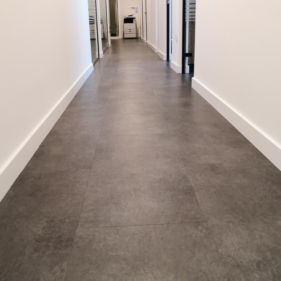 LVT Authentic Concrete Lead